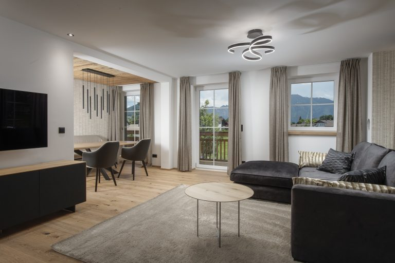 luxury-apartments-r6-tegernsee-apartment-5-wohnzimmer-1