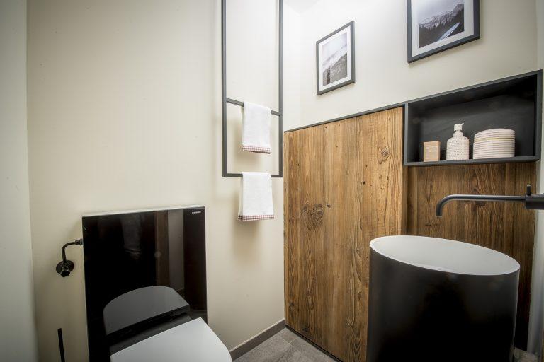 luxury-apartments-r6-tegernsee-apartment-8-gaestetoilette